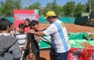 La maravillosa experiencia de niños tenistas de Monte Patria en canchas argentinas