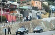 Reponen barrera de protección que derribó vehículo en Avenida La Paz