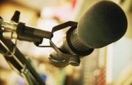 Pide defender las radios locales