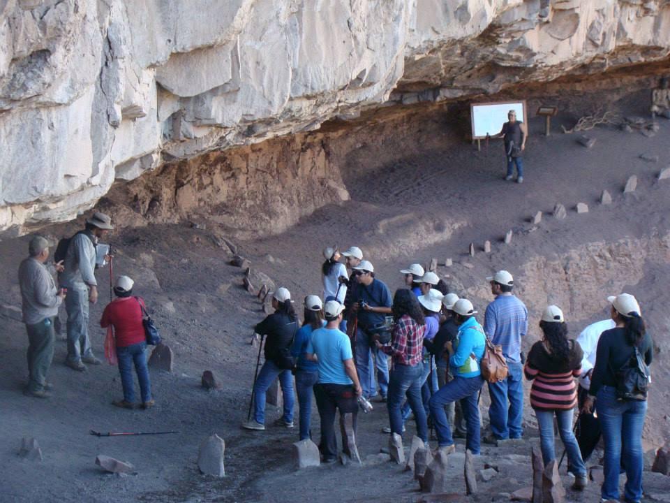 Vecinos de Río Hurtado se capacitan como guías turísticos