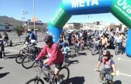 Participaron en la Octava Cicletada Familiar y volvieron a la casa con otra bicicleta
