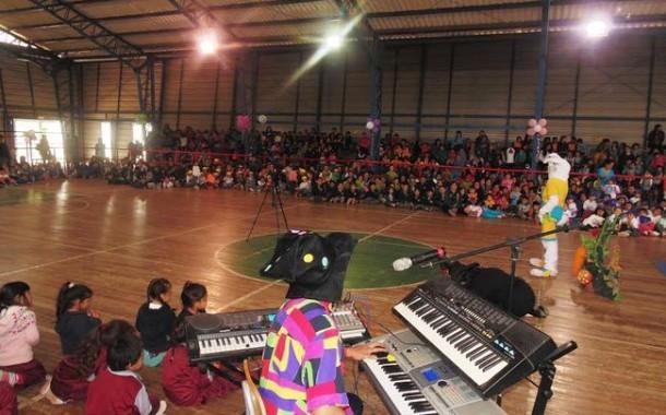 """""""Tías"""" de Ovalle celebran su día con espectáculos artísticos"""