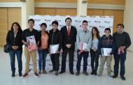 Alumnos del Liceo Politécnico de Ovalle recibirán beca para seguir estudiando