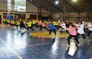 Bailando cerraron Programas Deportivos 2014 las mujeres de Combarbalá