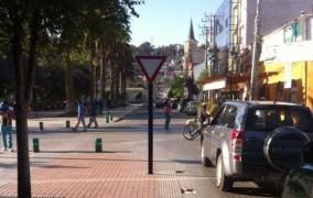 Dan luz verde a cambios de señalética de tránsito en centro de Ovalle