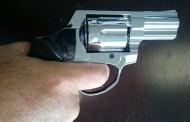 Niño de 15 años asaltó a mano armada a dos mujeres en menos de un cuarto de hora