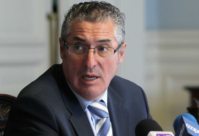 Senador Pizarro destaca aprobación de mecanismo estabilización del precio del cobre