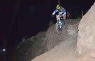 Más de 80 corredores tuvo el Downhill nocturno en Monte Patria