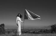 Invitan a chilenas a diseñar la bandera que las representará durante Mes de la Mujer