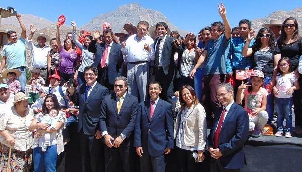 Con la presencia de Don Francisco inauguran telefonía celular e internet en El Durazno.