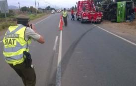 Tractor habría sido el causante de volcamiento de bus Ovalle-La Serena
