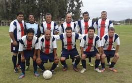 Fútbol: Nueva Aurora tropieza y cede la punta en Campeonato Mayores de 40