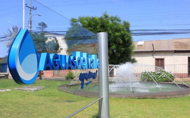 Repentino corte de agua potable causa la indignación de usuarios ovallinos