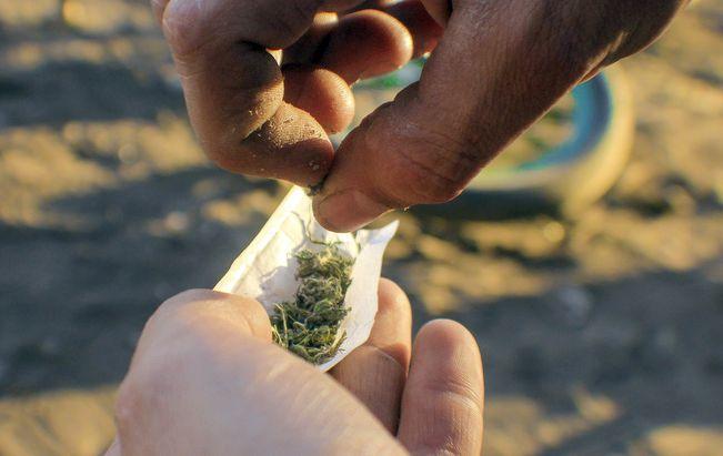 Acusada por microtráfico es absuelta al comprobar que droga era para consumo personal