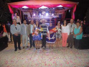 Las autoridades comunales en la fiesta de la vendimia del año pasado (Foto: Cedida)