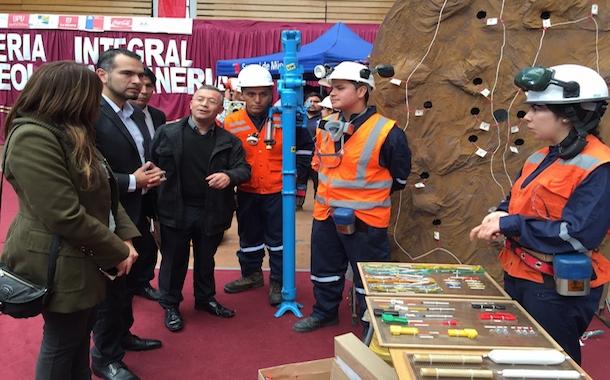 Colegio ovallino participa en Feria de Geología y Minería en La Serena