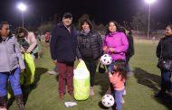 Equipos de fútbol de Monte Patria reciben implementación deportiva