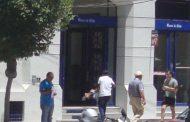 Reclama lector: Desapareció la rampa de la puerta del Banco de Chile