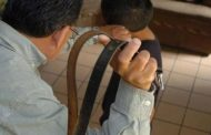 Piden 250 días de presidio para padre que agarró a correazos a su hijo