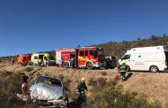 Familia resulta lesionada al volcar automóvil en cercanías del Parque Fray Jorge