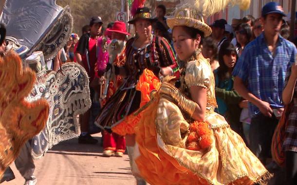"""""""Miradas Regionales"""" comienza sus exhibiciones en 7 ciudades del norte chileno"""