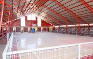 Gimnasio Municipal de Combarbalá comienza a mostrar su renovado rostro