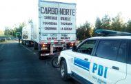 Detienen a hombre de 59 años que junto a anciana transportaban drogas en una camión