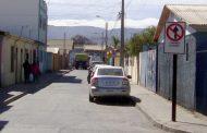 Buses que no respetan disco que prohíbe el paso dañan basurero municipal recién instalado