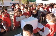 Estudiantes de escuela Vista Hermosa dan ejemplo de educación cívica
