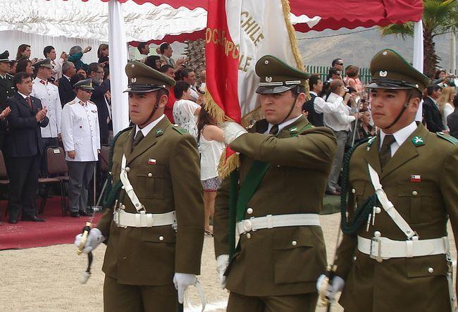 Carabineros De Chile Una Institucion Permanente Y Necesaria Del Estado