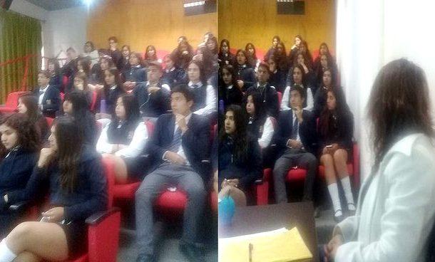 Día del Libro: Escritora local se reúne con estudiantes de Liceo ovallino
