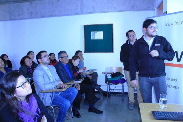 Director nacional de Injuv se reúne con estudiantes de Ovalle para hablar sobre sobre la 8va encuesta Nacional de la Juventud