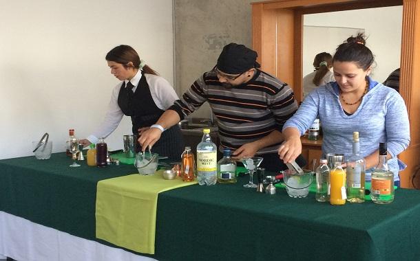 Primer Torneo de Mixología se realiza en Ovalle por día nacional del Pisco