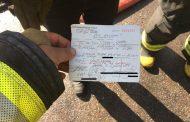 Multan a bombero por estar mal estacionado mientras acudía a incendio