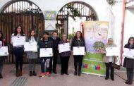 """Premian a ganadores del concurso  """"Historias de nuestra tierra""""  2016"""