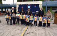Alumnos de la escuela Antonio Tirado Lanas recibieron material pedagógico