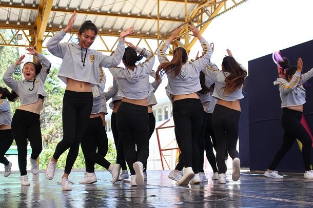 Más de 300 bailarines participaron en certamen  de danza