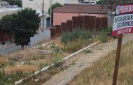 EL OJO INDISCRETO: Utilizan de vertedero espacio público a metros de la plaza