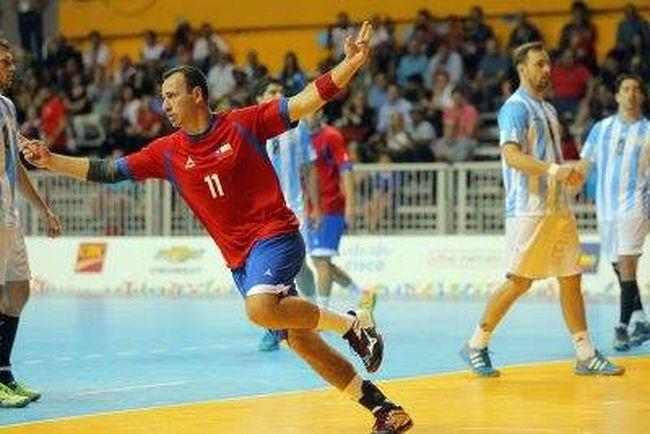 Presentan en Ovalle libro inédito sobre la historia del balonmano en Chile
