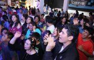 Realizan gran fiesta de discoteca para el Colegio Yungay