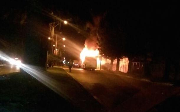 Fotos: Bus se incendia en plena Avenida David Perry de Ovalle