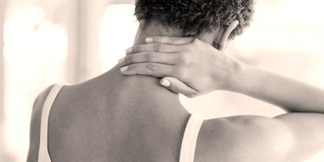 ¿Te despiertas por la mañana con mucho dolor y terriblemente agotada y rígida?