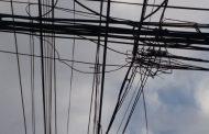 Senado respalda que municipios puedan retirar cables en desuso